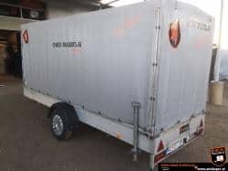 Möbeltransporter mit Planenaufbau, Ladevolumen 11 m3, Mietanhänger 1