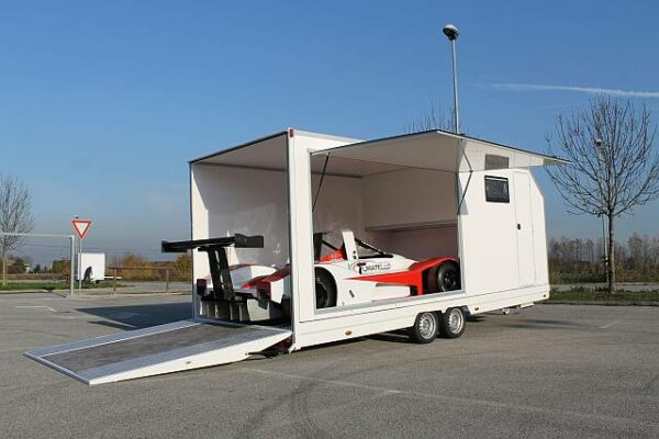 Turatello F35 XL Living Autotransporter inkl. Wohnbereich (8.2 P2) 5