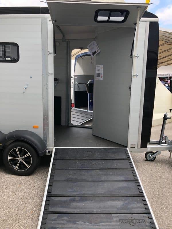 Humbaur Notos Xtra Pro, Pferdeanhänger, Pferdetransporter, Anhänger für Pferdetransport von bis zu 2 Pferden, Check Trailers 6