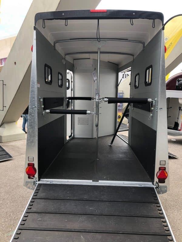 Humbaur Notos Xtra Pro, Pferdeanhänger, Pferdetransporter, Anhänger für Pferdetransport von bis zu 2 Pferden, Check Trailers 7