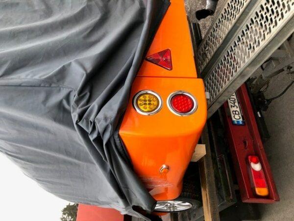 !Jetzt brandneu! Der UFO-Anhänger, einzigartiger geschlossener Motorradanhänger, Motorradtransporter gebremst, Anhänger zum Einführungspreis, außergewöhnlicher Motorradtransporter zum Sonderpreis 6